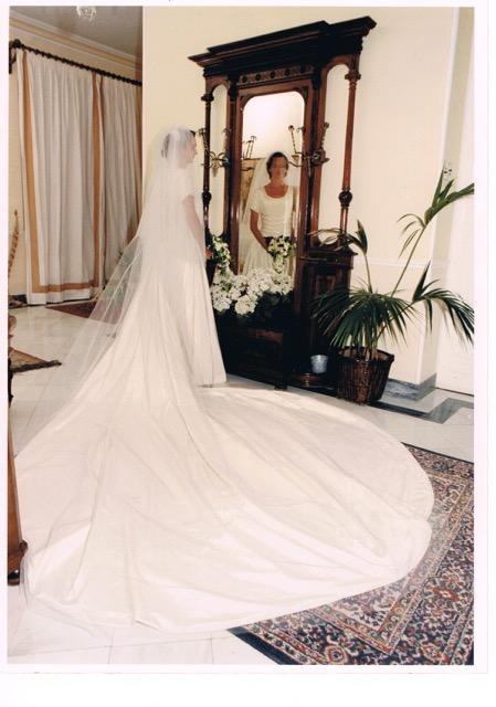 Precio vestido novia montesco