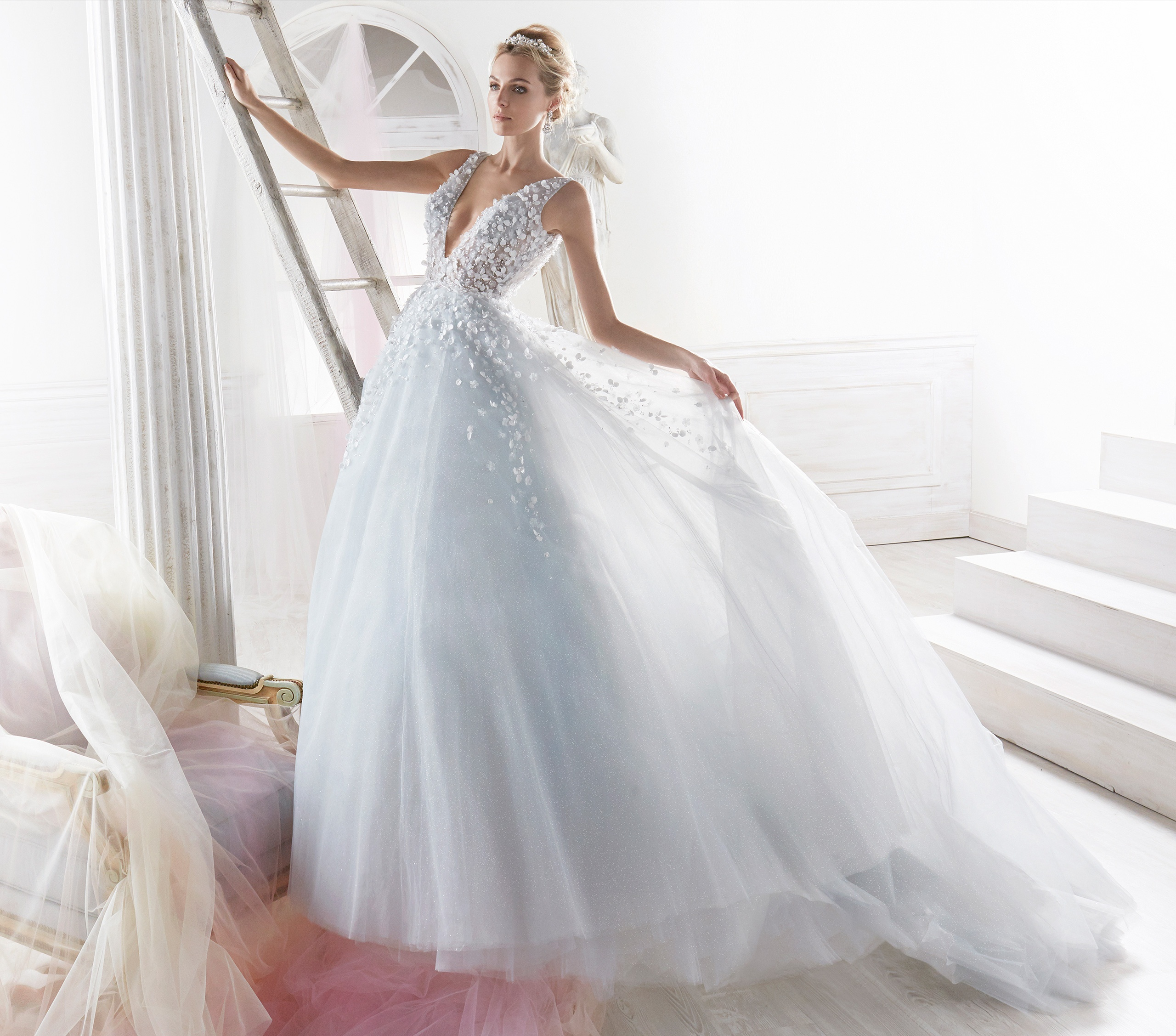 9b3c3ee15620 nicole-spose-NIAB18092-Nicole-moda-sposa-2018-265